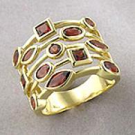10k Yellow Gold & Garnet Ring