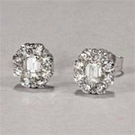 14k 0.50 Cttw. Emerald uCt Diamond Cluster Earring