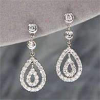 14k White Gold 1.01 Cttw Diamond Tear Drop Earring