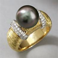 18k 10mm-11mm Tahitian Pearl & Diamond Ring