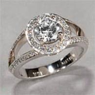 18k 1.36 Cttw. Round Diamond Engagement Ring