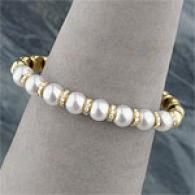 18k Gold 8-9mm Akoya Pearl & Diamond Cuff Bracelet