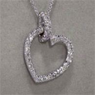 18kt White Gold 1.00cttw Diamond Heart Pendant