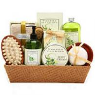 English Spa Delight Bath Gift Basket