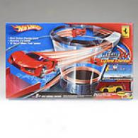 Hot Wheels Ferrari X-v Cyclone Apartment