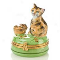 Limoges Hand Painted 2 Cats On A Green Base Box