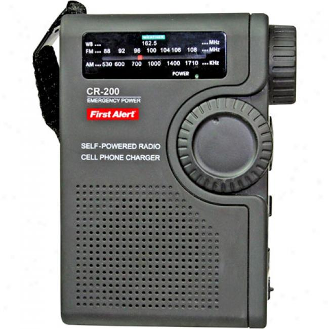First Alert Crank Radio With 3-wya Power