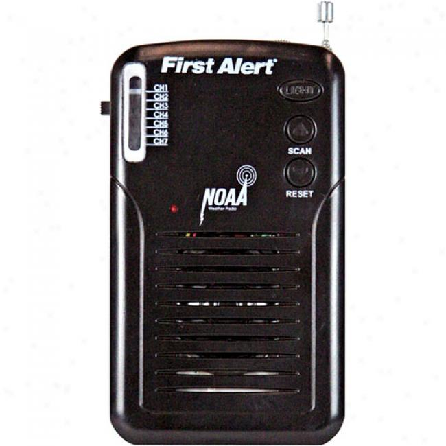 First Alert Hand-held Fm Weatherband Radio
