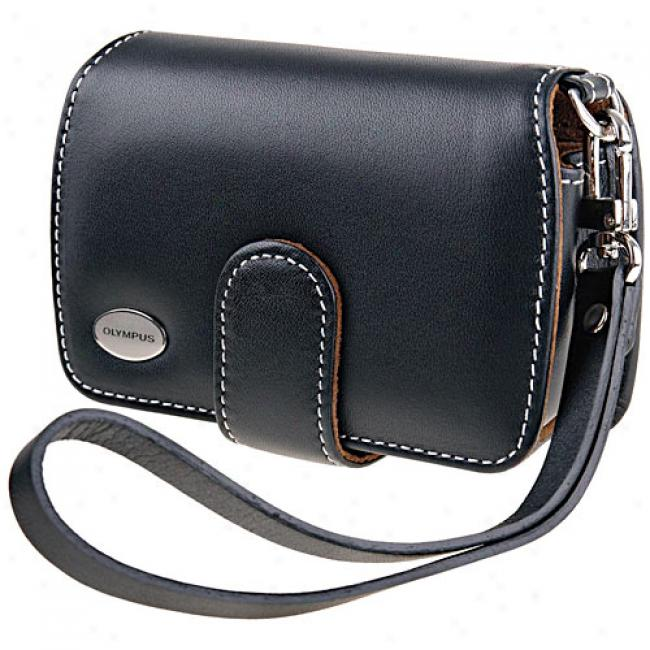 Olympus Slim Leather Diigtal Camera Case, Black