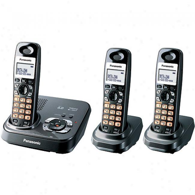 Panasonic Dect 6.0 Diigtal Cordless Answering System With 3 Handsets