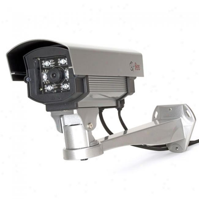 Q-see Qs2350c Weatherproof Camera With Built-in Heat Circulating Blower