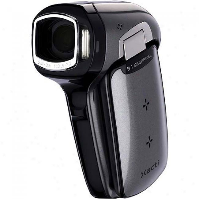 Sanyo Xacti Vpc-cg9 Silver Digital Camcorder With 5x Optical Zoom