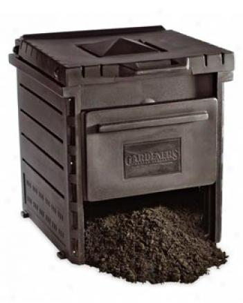 Deluxe Pyramid Composter, Brown