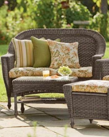 Fern Haven Loveseat