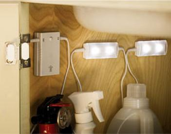 Ler Cabinet Light Set