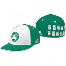 Adidas Men's Celtics Banner Fitted Cap