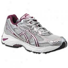 Asics(r) Women's Gel-foundation 8