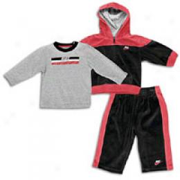 Haddad Infants 3 Piece Velour Hoody Set