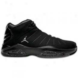 Jordan Big Kids Pure Pressure