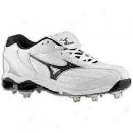 Mizuno Men's 9-spike Classic Low