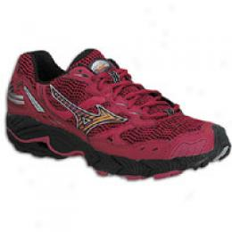 Mizuno Men's Wave Ascend 3