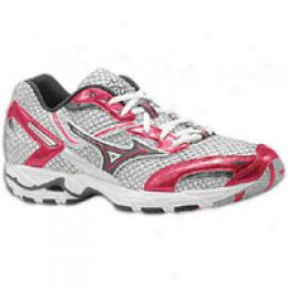 Mizuno Men's Wave Precision 9