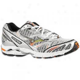 Mizuno Men's Wave Rider 12