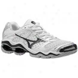 Mizuno Men's Wave Tornado 3