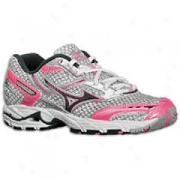 Mizuno W Wave Precision 9 - Women's
