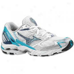 Mizuno Women's Wave Rider 11