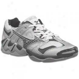 Mizuno Women's Wave Tornado 2
