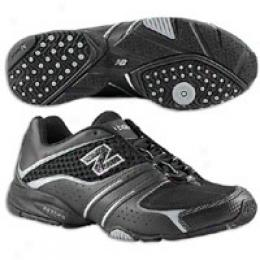 New Balance Men's 840 Bk