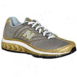 New Balance Women's 8507 Nb