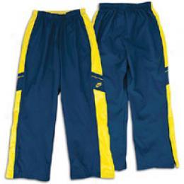 Nike Big Kids Essential Core Woven Pant