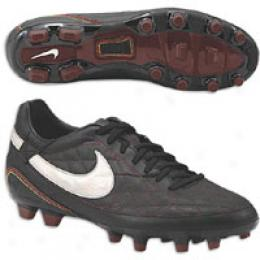 Nike Men's 10 R O Cara Fg