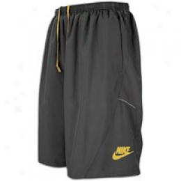 Nike Men's 2-in-1 9