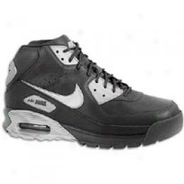 Nike Men's Air Max Focus Boot