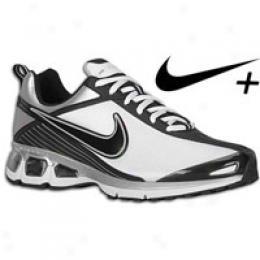 Nike Men's Aid Turbulence+