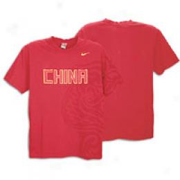 Nike Men's Beijing 2008 Big Pritn Tee
