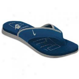 Nike Men's Celso Thong Plus