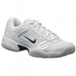 Nike Men's City Court Iii