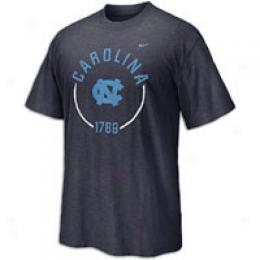 Nike Men's College Full Circle Slub Tee