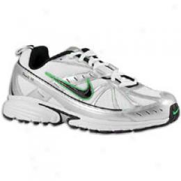 Nike Men's Dart Vi