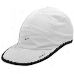 Nike Men's Daybreak Cap