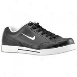 Nike Men's Gts 09
