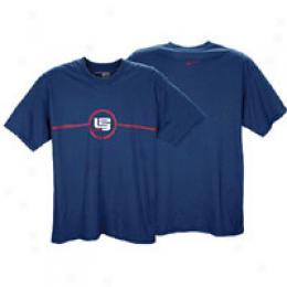 Nike Men's L23 Crest Tee