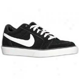 Nike Men's Mrtyr