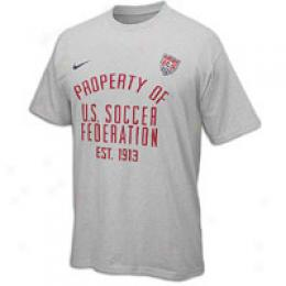 Nike Men's Property Of Tee