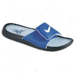 Nike Men's Recruit Slide