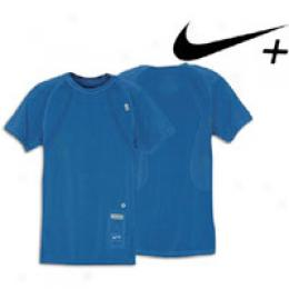 Nike Men's + Seamless S/s Fitted Top